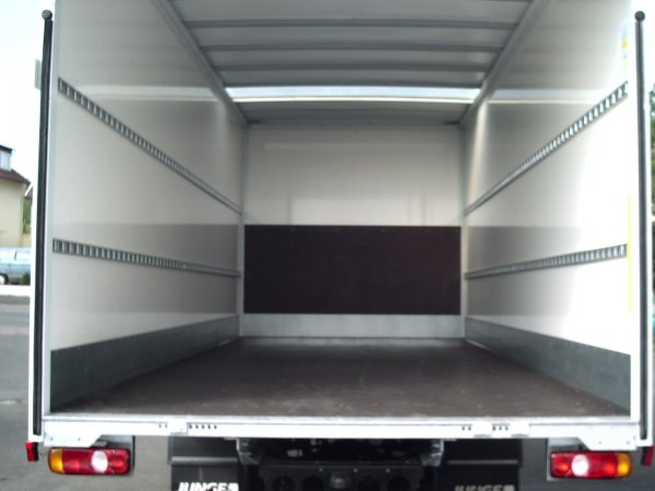 transporter lkw 39 s autoverleih wiedemann. Black Bedroom Furniture Sets. Home Design Ideas